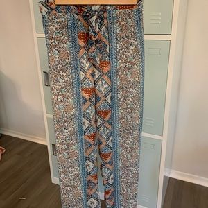 Anthropologie flowy printed pants